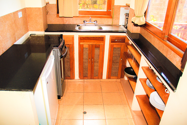 kitchen, garden apartment for rent in Iquitos