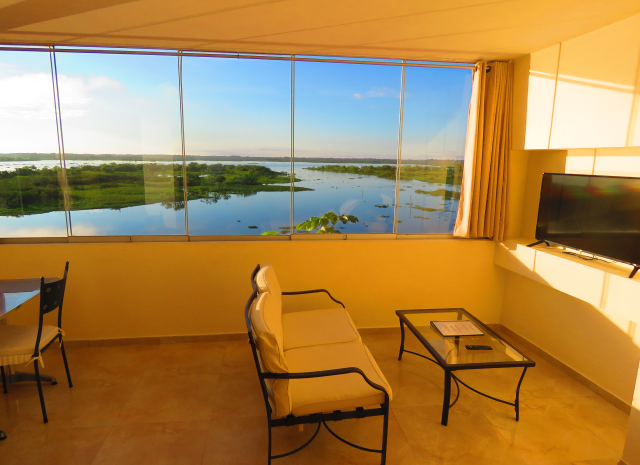 Riverside apartment, Boulevard 251, Iquitos room 21 river view
