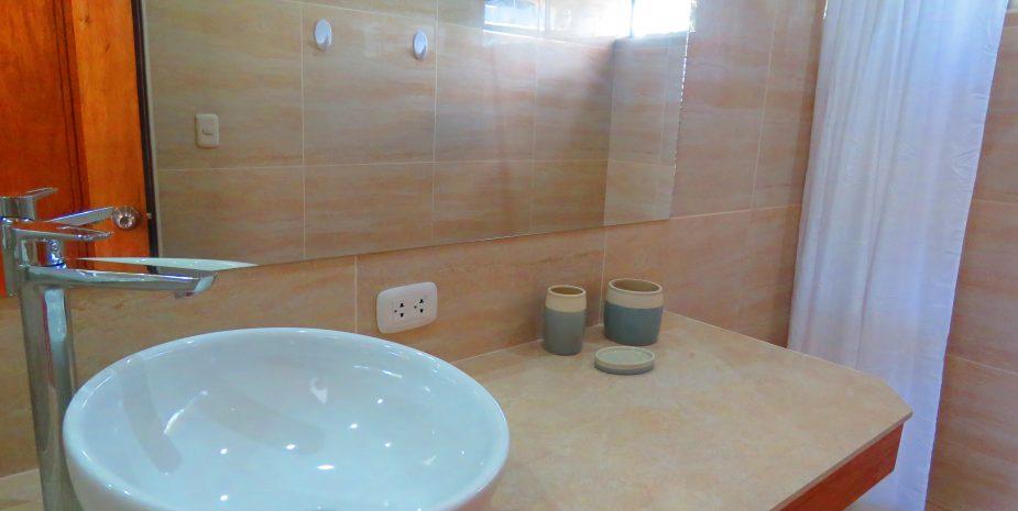 Penthouse apartment bathroom